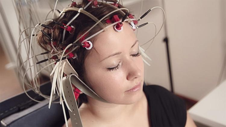 Энцефалограмма головы что показывает и выявляет