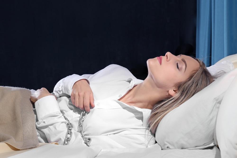 Как вызвать сонный паралич