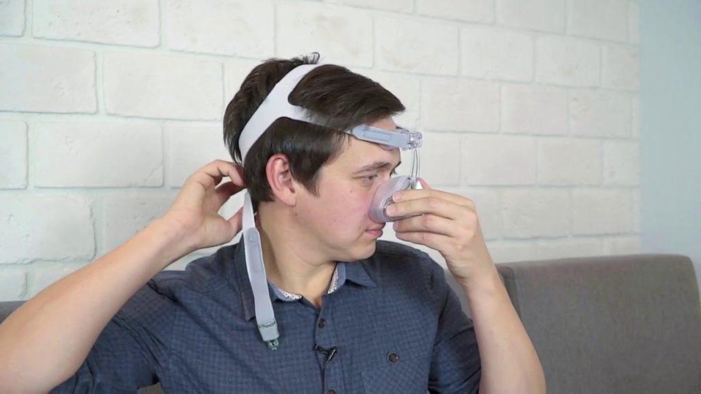 Медицинская маска от храпа