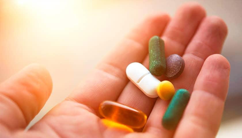 Чем почистить сосуды в организме: препараты, лекарства, травы