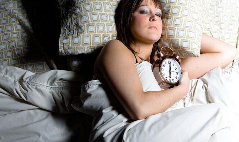 Дергаюсь во сне когда засыпаю